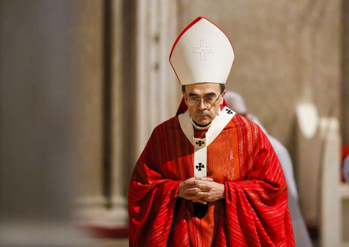 Le cardinal Barbarin, à la cathédrale Saint-Jean de Lyon, le 25 mars 2016.