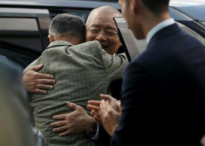 Le pasteur Hyeon Soo Lim accueilli au Canada le 13 août, quelques jours après sa libération.