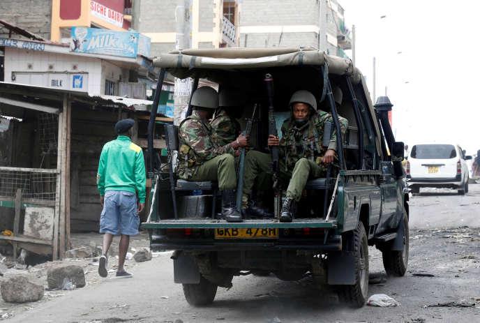 Les militaires sont encore présents à Nairobi, dimanche 13 août.