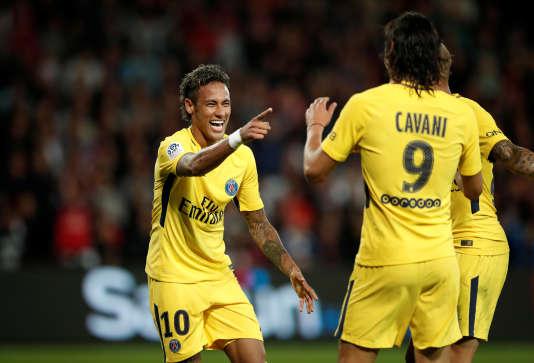 Neymar et Cavani ont chacun inscrit un but et fait une passe décisive lors de la victoire du PSG à Guingamp.