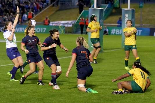 La joie des Françaises après un essai marqué face à l'Australie le 13 août.
