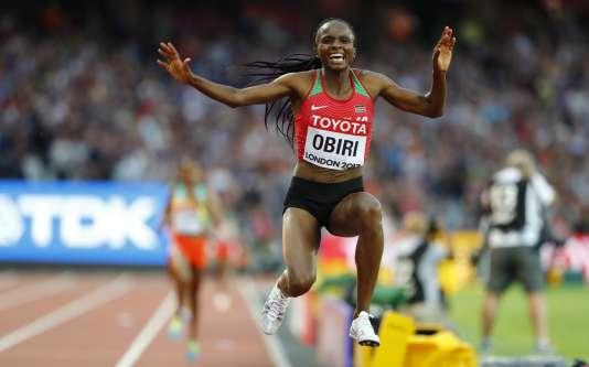 La Kényane Hellen Obiri, en lévitation à l'arrivée du 5000m, dimanche13 août.