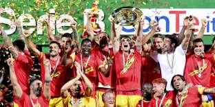 Les joueurs de Benevento fêtent leur montée en Serie A, le 8 juin.