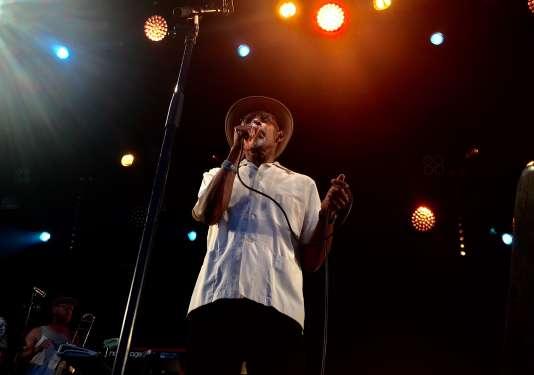 Le mythique chanteur de reggae Linton Kwesi Johnson sur la scène du No Logo BZH festival,le 14 août.