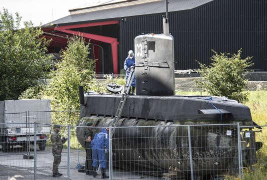 La police scientifique à bord du sous-marin «Nautilus», le 14 août à Copenhague.