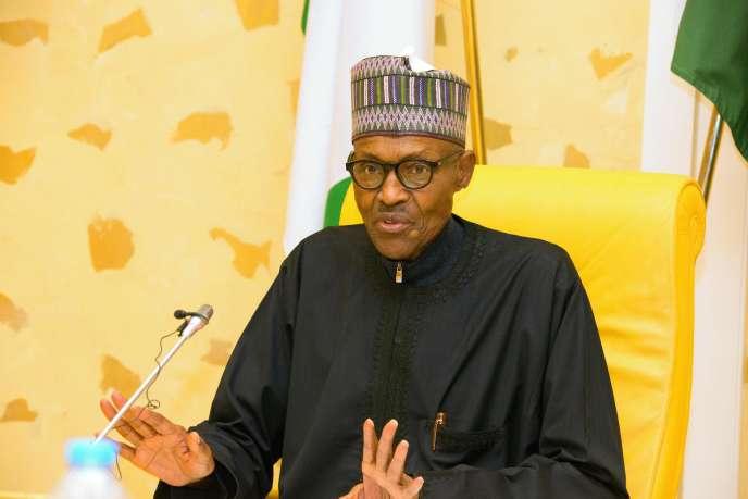 Le président du Nigeria, Muhammadu Buhari, s'adresse aux membres de son cabinet, à Abuja, le 10 mars 2017.