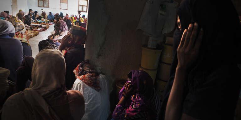 Dans le centre de détention pour migrantes de Sourman, le 20 juillet. Un convoi de 80 femmes et 10 enfants a été enlevé par une milice de passeurs.