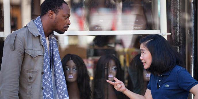 La comédie«La Vie de château», sortie en salles le 9août, raconte le quotidien des rabatteurs africains à Château-d'Eau, dans le 10earrondissement de Paris.