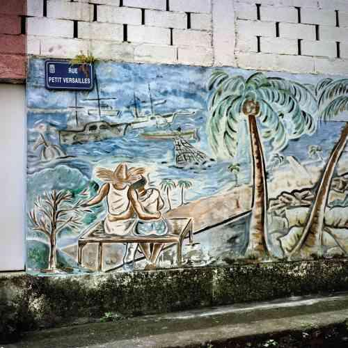 L'une des innombrables fresques qui ornent les façades de Saint-Pierre.