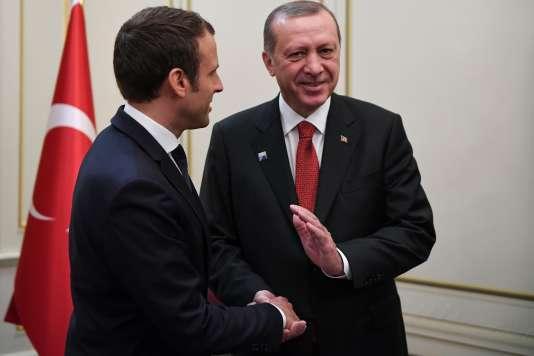 Emmanuel Macron et Recep Tayyip Erdogan se sont entretenus par téléphone le 15 août pour évoquer la situation de Loup Bureau (photo ici d'une rencontre le 25 mai).