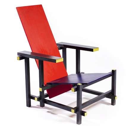 L'école De Stijl a touché à tout : au mobilier avec lefauteuil de Gerrit Rietveld, vers 1918.