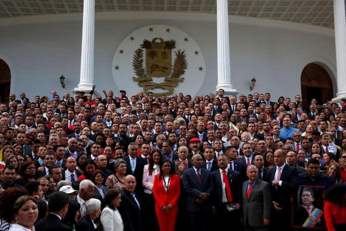Les membres de la Constituante, le 4 août à Caracas.