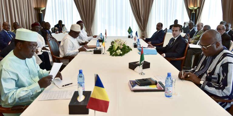 Les présidents tchadien, malien, nigérien, mauritanien, français et burkinabé, lors du sommet du G5 Sahel, à Bamako, le 2juillet 2017.