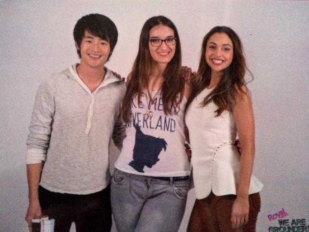 Cécile, 18ans, a rencontré les acteurs Lindsey Morgan et Christopher Larkin à la convention WeareGrounders2, qui s'est tenue à Toulouse, en février, consacrée à«The100».