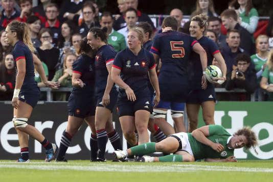Coupe du monde féminine de rugby: les Françaises retrouveront l'Angleterre en demi-finale