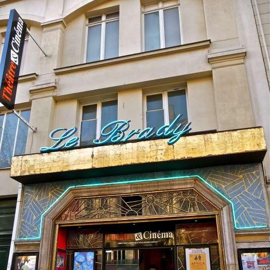 La façade du cinéma Le Brady à Paris, en décembre 2011.