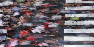 «La Maison Blanche dont l'extrême droite constitue actuellement la base politique, ne désire pas s'aliéner son allié le plus loyal en l'associant au terrorisme». (Photo : Manifestation à Philadelphie (Etats-Unis), mercredi 15 août, en protestation contre les événements survenus à Charlottesville).