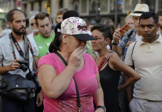 Les Ramblas, à Barcelone, le 18 août. La veille, un homme a foncé dans la foule au volant d'une camionette provoquant la mort d'au moins 13 personnes.