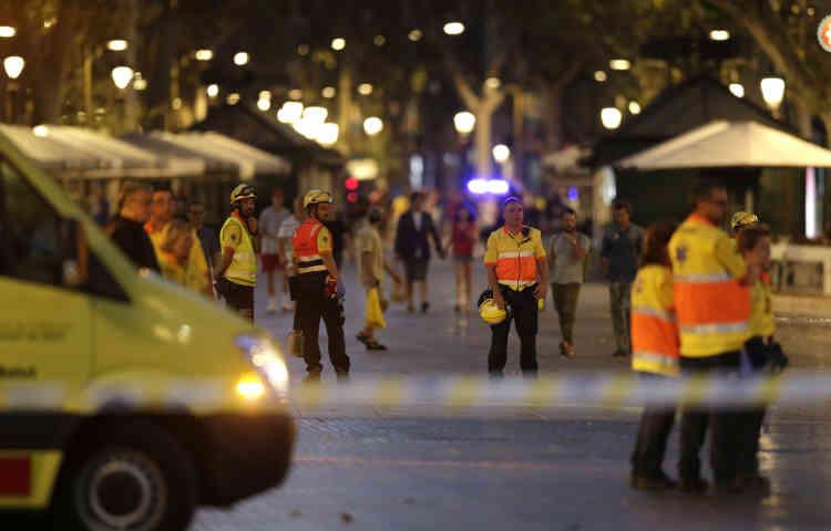 Au moins 13personnes ont été tuées et 80 ont été blessées, dont 15grièvement, selon le gouvernement catalan.