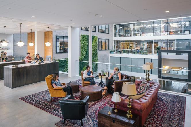 Au 3e étage du QG de Airbnb, à San Francisco.