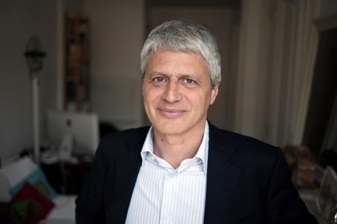Politologue, directeur de recherche au CNRS spécialiste des questions de sécurité, Sebastian Roché pose le28mars2012 à Lyon.