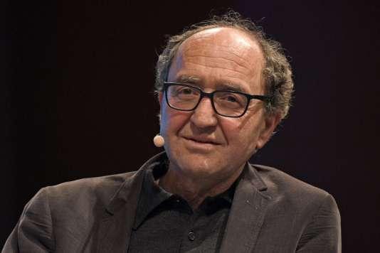 L'écrivain allemand d'origine turqueDogan Akhanli, à Cologne, le 7 mars.