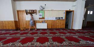 L'intérieur de la mosquée de Ripoll où L'imam prêchait depuis 2016.