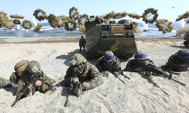 Manœuvres militaires conjointes des Etats-Unis et de la Corée du Sud en mars 2016.