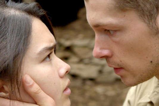 Audrey Giacomini et Cyril Descours dans le film français d'Olivier Lorelle,«Ciel rouge».