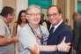 Le délégué général du Festival du film francophone d'Angoulême, Dominique Besnehard, et l'ancien président Francois Hollande à la gare d'Angoulême, le 22 août.