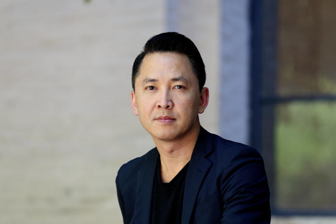 L'écrivain américainViet Thanh Nguyen, en 2017.