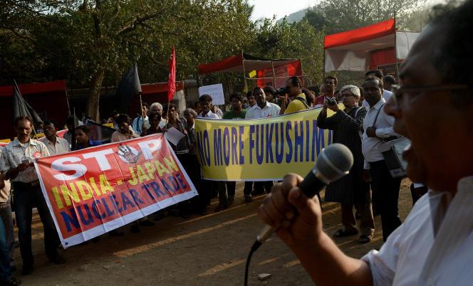 Manifestation à Bombay contre le projet de centrale nucléaire de Jaitapur, en janvier 2014.