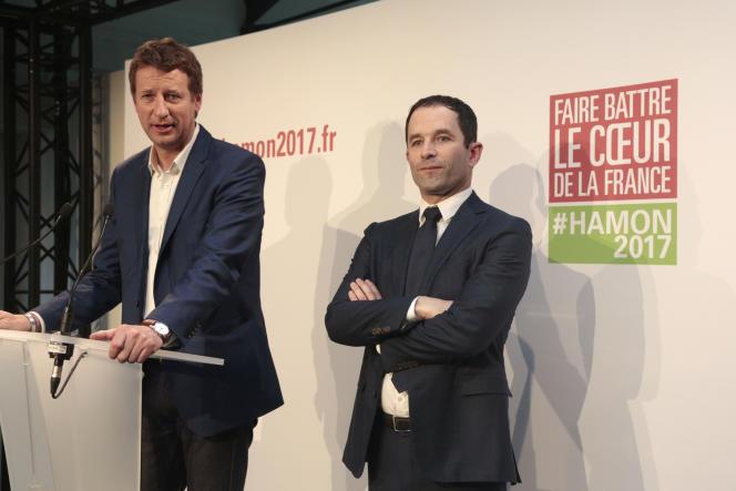 Conférence de presse conjointe de Yannick Jadot, candidat d'EELV à la présidentielle, et de Benoît Hamon, candidat du PS, le 26 février.