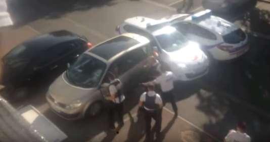 Capture d'écran de la vidéo diffusée sur YouTube montrant l'intervention de la police samedi 18 aout à Châlette-sur-Loing.
