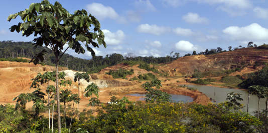 Le projet« Montagne d'or» serait à l'origine de la première mine d'or industrielle de Guyane. Ici, le site minier aurifere de Yaou, le 17 septembre 2011, à Maripasoula, en Guyane française.