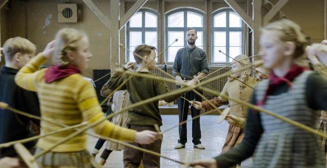 Märt Avandi (au centre) dans«Le Maître d'escrime», de Klaus Härö.