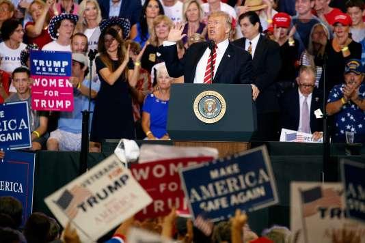 Donald Trump lors de son discours à Phoenix dans l'Arizona, le 22août.