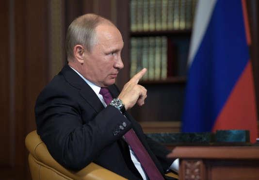 Vladimir Poutine à Kaliningrad (Russie), le 16 août.