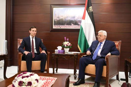 Jared Kushner et Mahmoud Abbas à Ramallah, le 24 août.