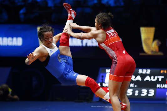 Elle n'a que 19 ans, mais Koumba Larroque est déjà médaillée de bronze mondiale. Une belle carrière s'ouvre à elle.