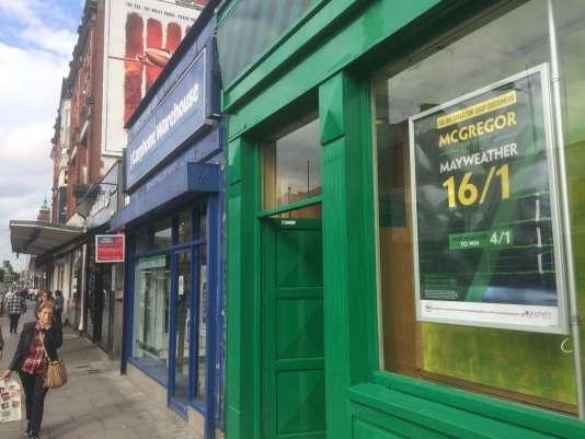 Affiche de bookmakers, à Dublin.