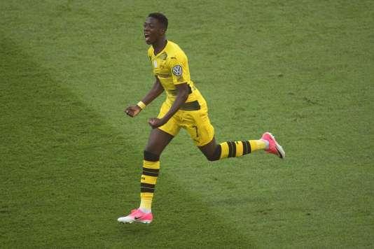 A 20 ans, Ousmane Dembele va remplacer Neymar au sein de l'attaque barcelonaise.