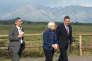 La présidente de la Réserve fédérale américaine (Fed), Janet Yellen, entourée de Mario Draghi (à droite), président de la Banque centrale européenne (BCE), et de Haruhiko Kuroda (à gauche), gouverneur de la Banque du Japon, lors de la réunion des plus grands banquiers centraux de la planète, qui s'est tenue du 24 au 26 août, à Jackson Hole, dans le Wyoming.