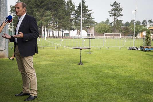 M. Fasquelle sait qu'il est moins connu que son opposant, Laurent Wauquiez. «L'histoire récente a montré qu'aucun scrutin n'est joué à l'avance », estime-t-il.