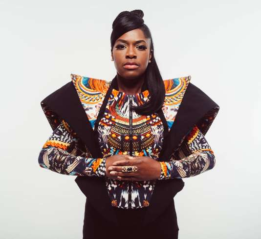 La chanteuse Eno Williams du groupe Ibibio Sound Machine.