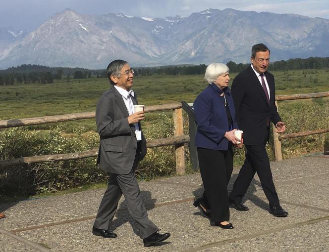 Haruhiko Kuroda (Banque du Japon), Janet Yellen (Fed) et Mario Draghi (BCE), le 25 août, à Jackson Hole (Wyoming).