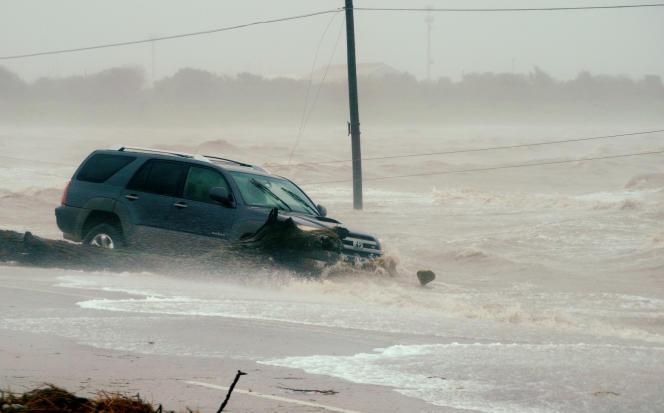 Après la tempête, les autorités craignent les inondations.