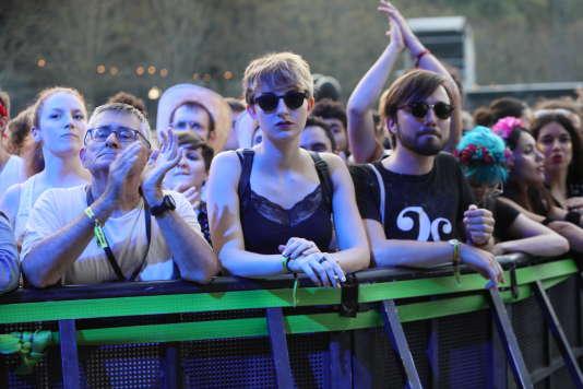 Le public de Rock en Seine, devant The Kills, samedi 26 août.