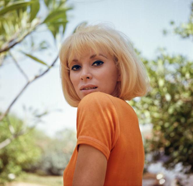 L'actrice et réalisatrice Mireille Darc.