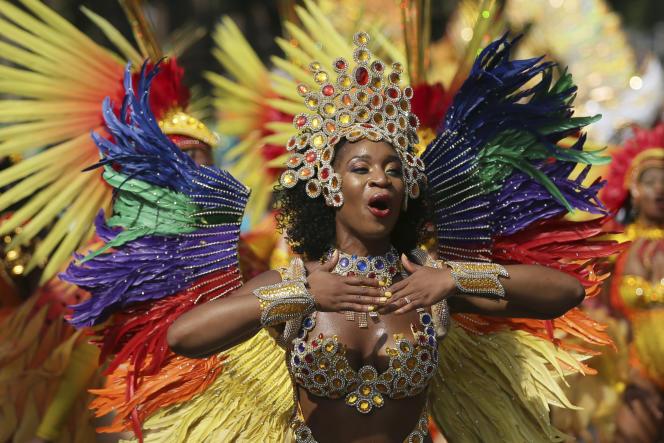 Au carnaval de Notting Hill à Londres, le 28 août. Cette gigantesque fête est l'une des plus grandes d'Europe.